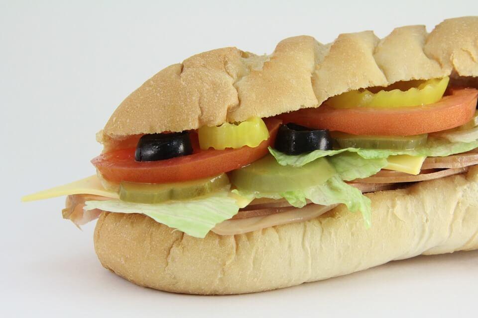 калорийность Сабвей с тунцом
