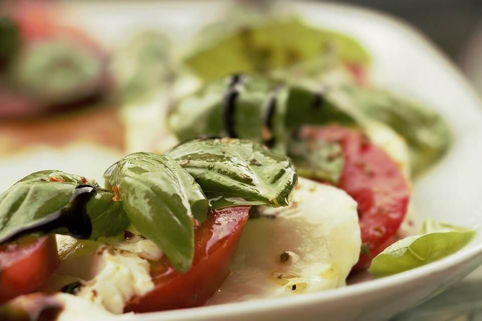 понятие салат гуляш компот салат из овощей гороховый суп