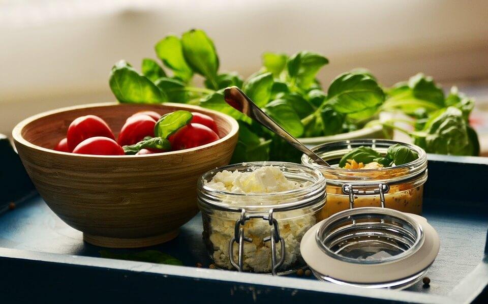 замена майонеза в салате