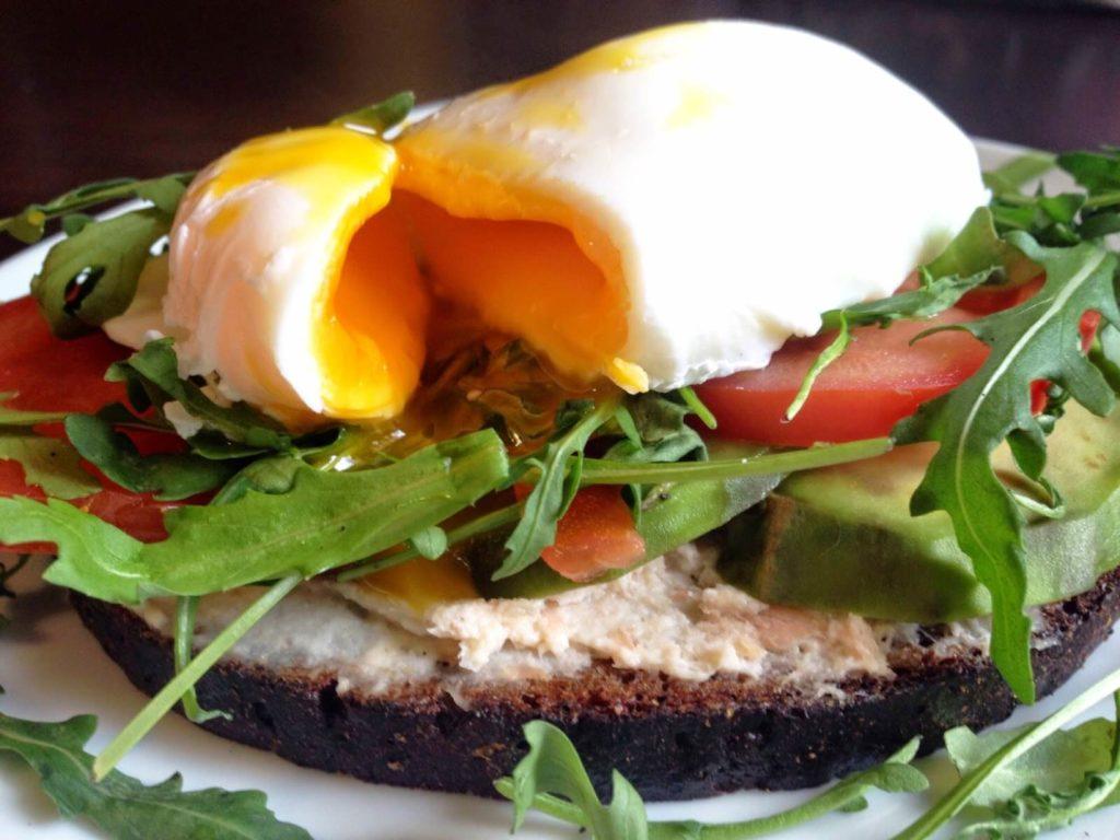 полезные тосты на завтрак
