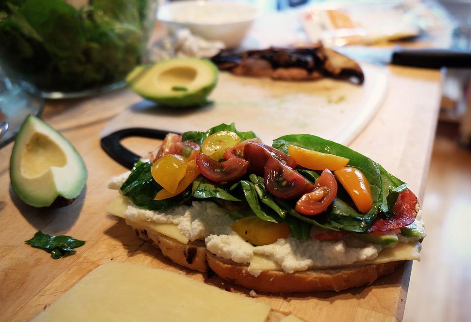 полезный бутерброд на завтрак