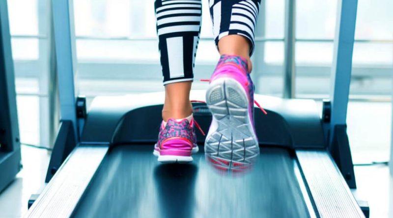 заменяет ли беговая дорожка обычный бег