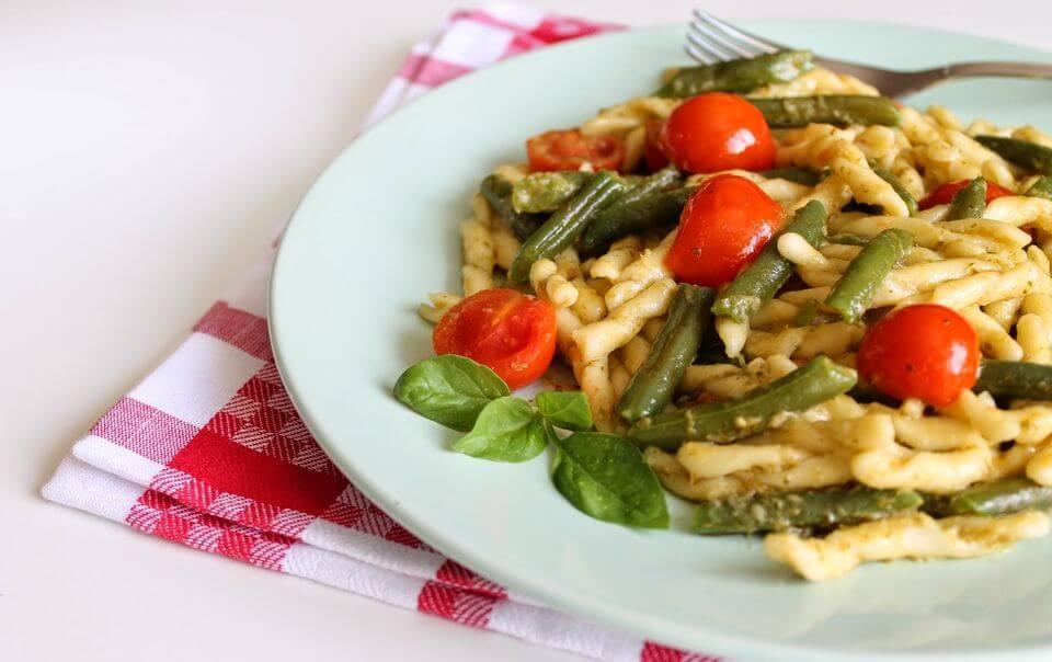 вкусные салаты со стручковой фасолью