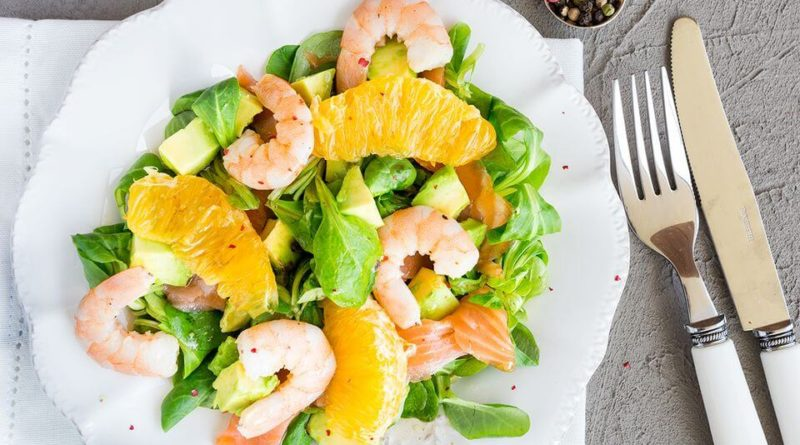 салат с креветками и апельсином