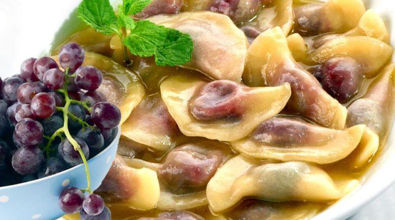 вареники с виноградом