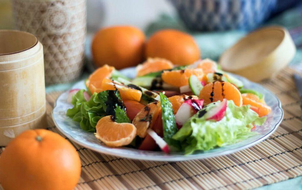 салат с мандаринами