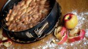 Полезная выпечка: кекс из овсяных хлопьев с яблоками