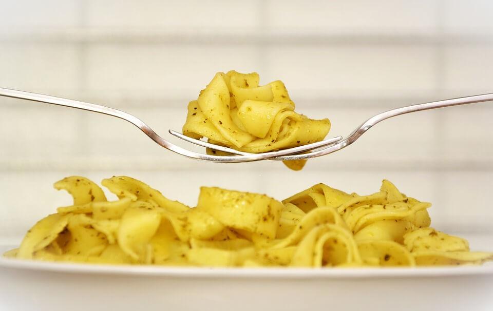калорийность макарон отваренных с маслом