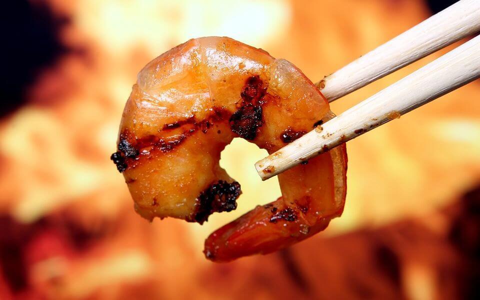 Жареные креветки по-сингапурски