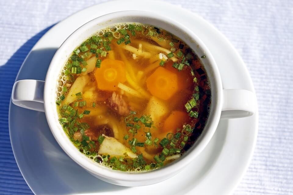 диетический суп с курицей