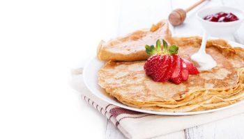 К Масленице готовы: 11 рецептов диетических блинов