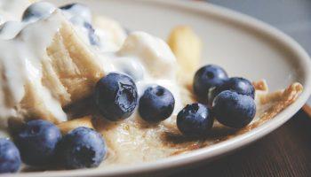 12 лучших диетических начинок для блинов