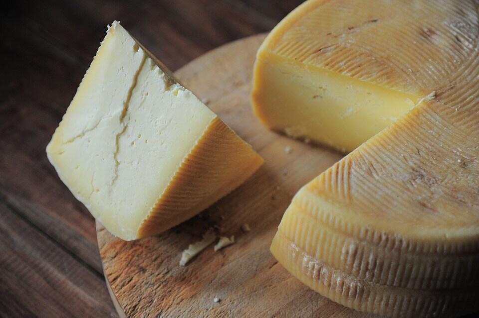 домашний сыр твердый