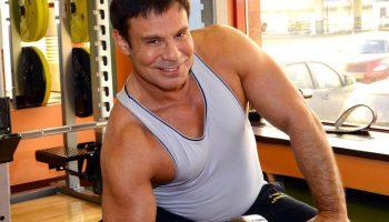 Ефим Шифрин: как после 60 лет выглядеть на 40