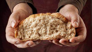 Почему после 50 лучше совсем отказаться от хлеба и сдобы