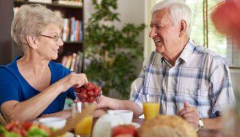Как ужинать людям старше 60 лет