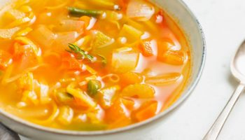 Диета на супе с томатами и сельдереем — уходит до 5 кг за неделю