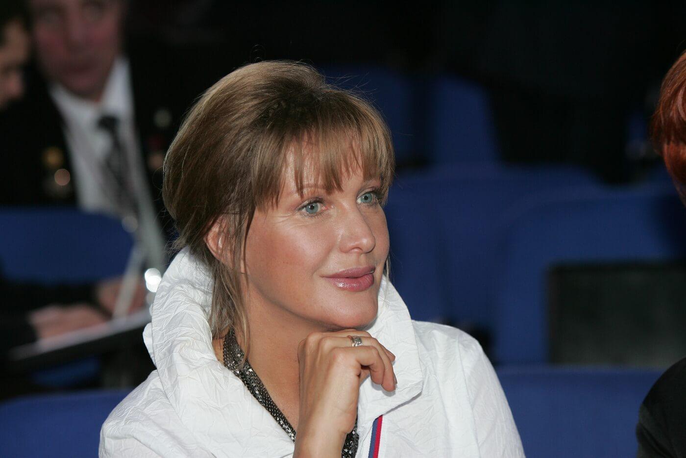 Яна Поплавская отреагировала на заявления Елены Прокловой о домогательствах