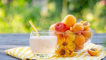 Диета кефирно-фруктовая — уходит до 6 кг за неделю