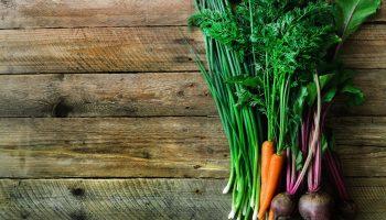 Абсолютно съедобно: 5 полезных «отходов» овощей и фруктов