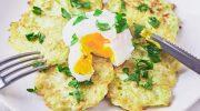 Легкие сырные оладьи с цуккини и капустой