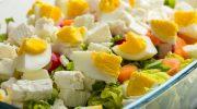 салат с яйцами сыром фета и морковью