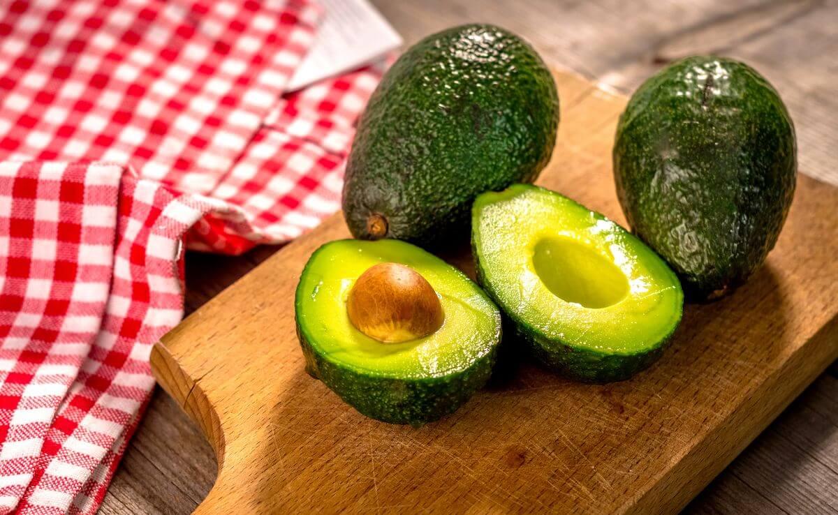 запеченный авокадо