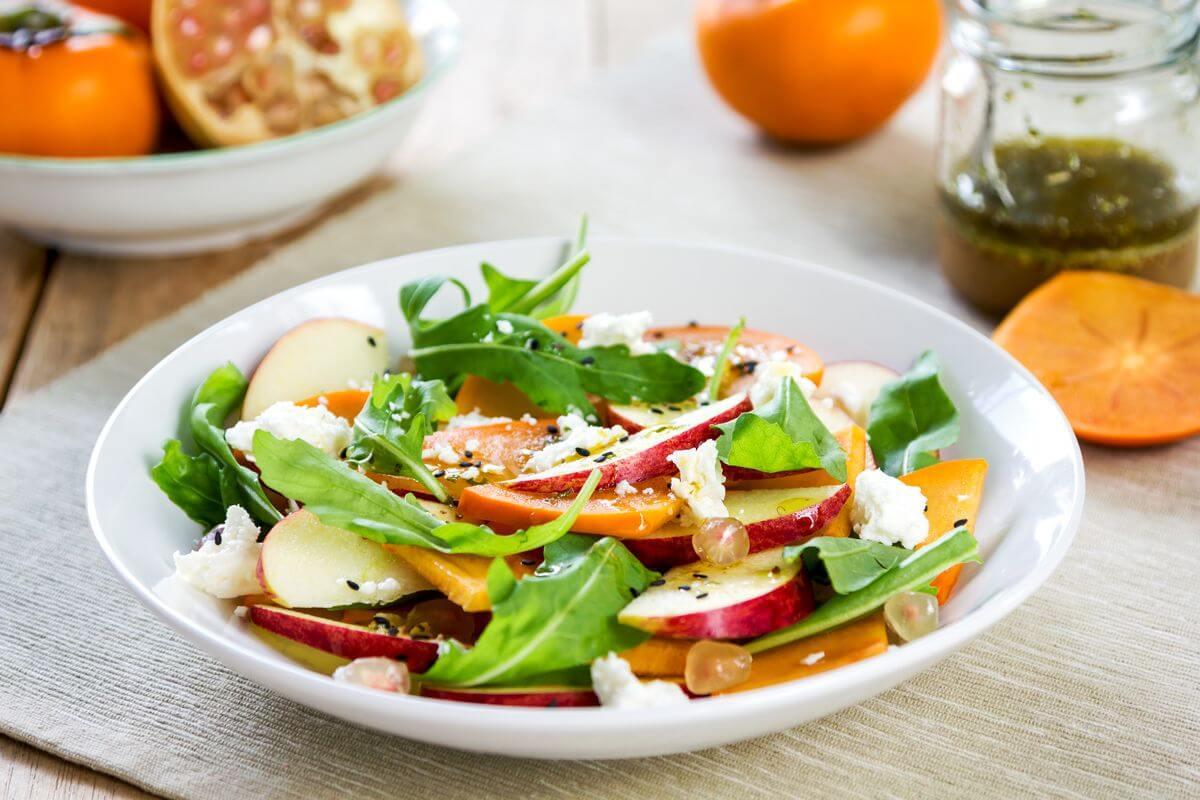 салат с хурмой и фетой